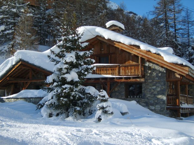 Ski Chalets for Christmas Holidays